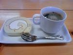 醤ロールケーキ&穀物コーヒー